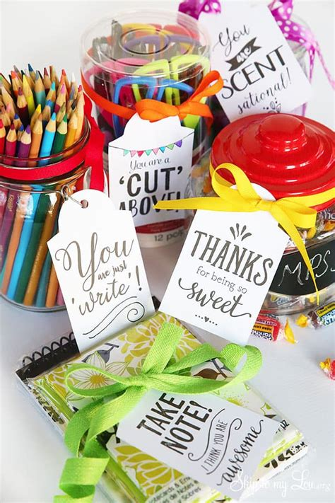 Cutest Teacher Gifts Ideas with FREE printable gift tags