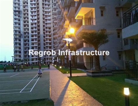 Galaxy Vega Ready To Move in Project Noida Extension