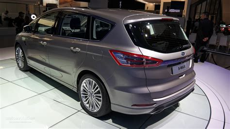 2015 Ford S-Max Is a Posh Family Hauler [Live Photos