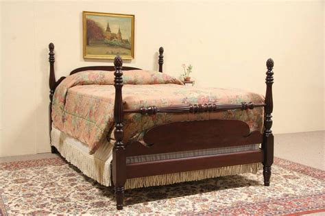 SOLD - Pineapple Poster Full Size 1925 Mahogany Bed - Harp