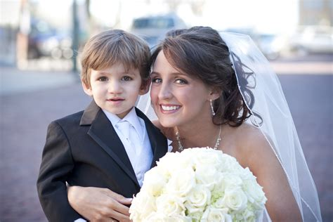 Page boy in your bridal procession - Articles - Easy Weddings