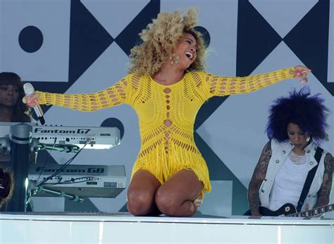 Performs On Good Morning America July 1 2011 - Beyonce